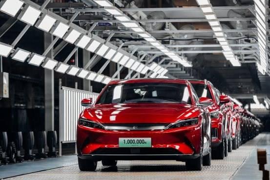 比亚迪第一百万辆新能源乘用车——汉EV正式下线